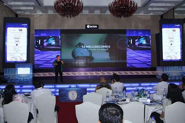 Donna Moritz speaking at the Indian Digital Media Awards, Mumbai 2017